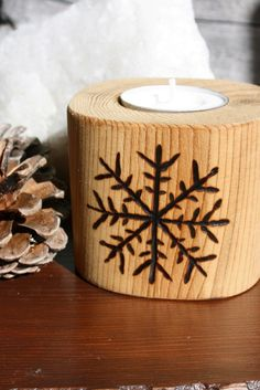 SNOWFLAKE SALE - Tealight Holder - Woodburning