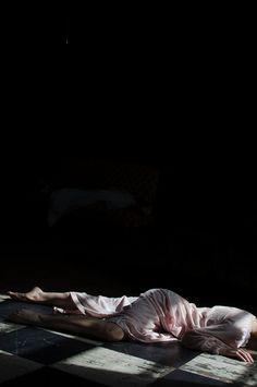 Kersti K Rwby Oc, What Do You Feel, Kiss Of Death, Annie Leibovitz, A Level Art, Dark Matter, Chiaroscuro, Just Girl Things, Daydream