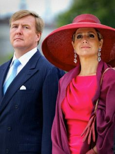 Dutch King Willem-Alexander and Queen Maxima attend a wreath laying ceremony at the Tomb of the Unknown Soldier in Warsaw, Poland, 24 June 2014.
