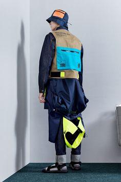 Mens Trend - Men's style, accessories, mens fashion trends 2020 Sport Fashion, Fashion 2020, Boy Fashion, Fashion Boots, Mens Fashion, Fashion Trends, Trend Sport, Kids Clothes Sale, Mens Trends