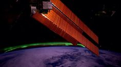Earth's Invisible 'Star Trek' Force Field Protects You From Killer Electrons Northern Lights From Space, Space Station, Full Moon, Cosmos, Star Trek, Journey, Earth, October 10, Pictures