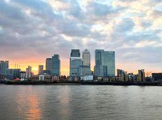 Sunset at Greenwich! #iphoneonly #huffpostgram #ukpotd #folkscenery #thecreatorclass #bleachfilm #euro_shotz #timeoutsociety #adventure #photographgangfeatureme #keepitwild #nature #england #uk #britain #thisisengland #amazing #landscapes #warrenjc #planet_forever #stayandwander #freedomthinkers #exklusive_shot #shotaward #bestvacations #wanderpulse #rsa_nature #travellingdorks by indiatouk