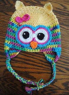 You who loves crochet crafts, can not fail to take the opportunity to have a beautiful hat crochet owl .  Colors can be varied, with y...