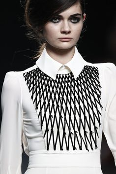 White dress with chic collar & monochrome embroidery; fashion details // Teresa Helbig F/W 2015