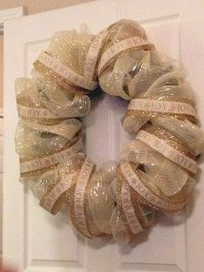 How to Make a Thanksgiving Mesh Wreath