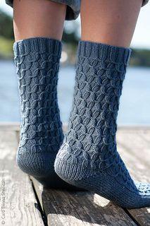 Tern Sock Knitting Pattern (free download)