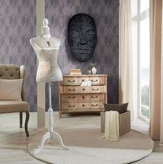 Dekorace vtiskne Vašemu domovu novou image. Zvládnete to několika málo pohyby rukou. Pohrajte si s barevnými vázami nebo moderními soškami. Svíčky a svícny nebo třeba olejová lampa z ušlechtilé oceli udělají z každé večeře nezapomenutelně romantickou. Glas Art, Nightstand, Furniture, Home Decor, Products, Accessories, Mirror Glass, Concept, Homes
