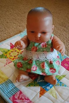 Doll clothes tutorial-This blog is awesome for a beginner sewer like me! My kids all need clothes for baby dolls!