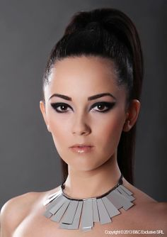 Make-up & Hair: Amalia Bot; Hair Makeup, Make Up, Fancy, Trainers, Model, Students, Accessories, Color, Beautiful