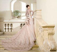 Abiti da sposa stile ottocentesco Aimee http://www.nozzemag.it/abiti-da-sposa-stile-ottocentesco-aimee/ #abitidasposa #sposa2014 #collezionesposa