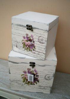 Risultati immagini per decoupage box ideas Decoupage Box, Decoupage Vintage, Painted Boxes, Wooden Boxes, Wooden Box Centerpiece, Altered Boxes, Altered Art, Pretty Box, Vintage Box