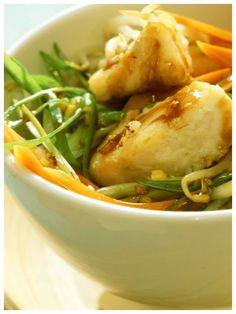 So eine tolle Kombination von Seelachs und Gemüse: Wok-Gemüse mit Seelachs!