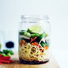 RECIPE : vegan instant ramen in a jar | the edgy veg recipe swap