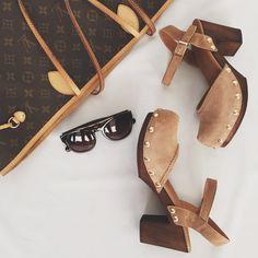 ¡Clásico y actual! Ideales para la temporada que entra. Son los #zuecos sandalia de Alpe. #sandals