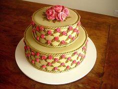 Bolo de Casamento! (Wedding Cake!) by Carla Ikeda - DENTRO DO FORNO - BOLOS DECORADOS - , via Flickr