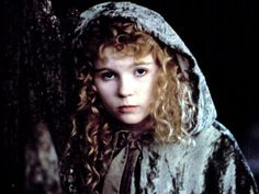 """""""Interview with the Vampire"""" (1994) >> Kristen Dunst    (Claudia) """"...snatched me from my mother's arms like two monsters in a fairytale."""" Anne Rice, Kirsten Dunst Young, Vampires, Lestat And Louis, Vampire Film, Vampire Art, Queen Of The Damned, The Vampire Chronicles, Interview With The Vampire"""