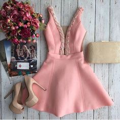 Meninas neste sábado a loja estará com novidades!!! E olhem esse vestido q fofo eu amei!!! Estará disponível no P e M Vendas pelo nosso Whats 99 991827902.