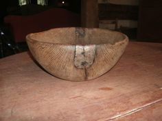 Early treen bowl w/repair