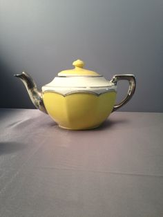 Manning Bowman Meriden Connecticut Teapot,Vintage Manning Bowman Teapot,Antique Manning Bowman Made in USA Yellow Silver Teapot by PhilomenasCloset on Etsy
