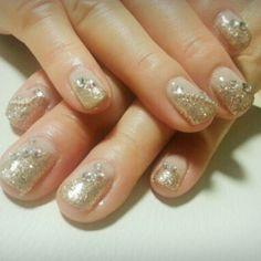 """my mom's nail :) 手モデル母! 私がお母さんにしてくれたプレゼント♥"" - @taeyeon_ss -PRETTY NAILS! ♥"