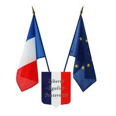 Acheter drapeau Français sur hampe en bois (pavoisement mural officiel) : Doublet