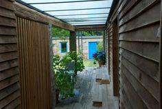 A Cabana de Carmen - Alojamiento #turismorural #galicia #costadamorte Cabana, Garage Doors, Outdoor Decor, Home Decor, Naturaleza, Decoration Home, Room Decor, Cabanas, Home Interior Design