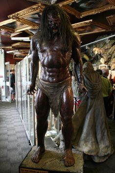 weta lord of the rings | Uruk-hai Orc Weta Cave Lord of the Rings