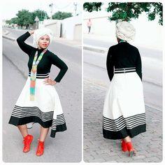 xhosa outfits - Google Search Xhosa Attire, African Attire, African Wear, African Women, South African Traditional Dresses, Traditional Fashion, Traditional Outfits, Traditional Wedding, African Print Dresses