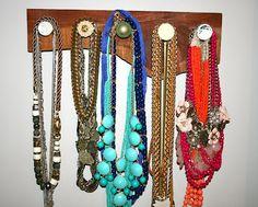 Pretty Penny: DIY Necklace Holder