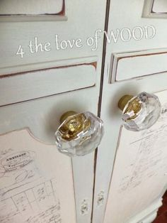4 the love of wood: MINI CLOSET REVEAL - using butcher paper from brick and mortar living on a graphite transfer..