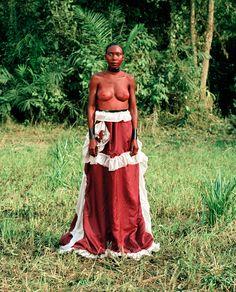 Namsa Leuba, 'Statuette Sorsornè, Oumou, Guinea' (2011), C-print, 28.8 x 35cm, Edition 2/5 + AP 1/2