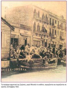 Greek refugees clamouring to escape Smyrna, September 192 Greek History, European History, Greece Pictures, Old Greek, Greece Photography, In Ancient Times, Ottoman Empire, Crete, Vintage Pictures