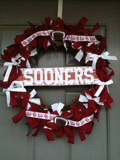 Sooners wreath