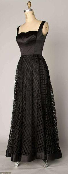 Augusta Auctions women's vintage fashion: shannon rodgers evening gown, c. 1948