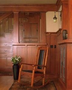 Arts & Crafts Interiors: Craftsman Interior by Thomas Strangeland. A phenomenal article on the Arts and Crafts style.