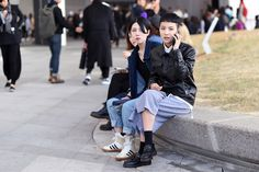 http://hypebeast.com/2014/10/streetsnaps-seoul-fashion-week-2015-spring-summer-part-1