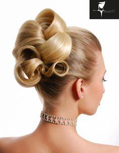 #wedding #nuovafierasposi #hairstyle www.nuovafierasposi.com/tristano-leo-unisex-haircare