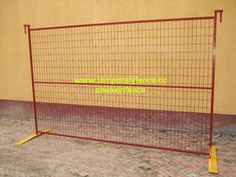 Chao xin temporary fence factory.our factory major Canada temporary fence,chain link temporary fence etc,we can supply best quality and good price.