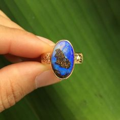 This boulder opal beauty in a gold setting is taken but I'm working on acquiring more blues since they were the first ones to go in the last batch.  #wishicouldkeepit #boulderopal #lovethoseblues #handmadeinpuertorico #summerlovejewelry