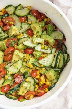 Watermelon Cucumber Feta Salad, Corn Avocado Salad, Avocado Salad Recipes, Avocado Salat, Beet Salad, Summer Corn Salad, Easy Summer Salads, Easy Salads, Homemade Fajita Seasoning