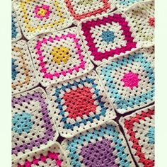 sweet_sharna_makes crochet squares colors