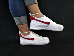 Back to the Future Marty McFly's Bruin Crochet Knitting Style Sneakers, BTTF Custom Knitting Footwear, Retro Style Custom Crochet Sneakers Crochet Geek, Easy Crochet, Make Your Own Shoes, Creative Inventions, Marty Mcfly, Popular Shoes, Knitted Slippers, Crochet Shoes, Nagel Gel