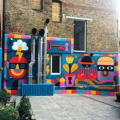 I spent the last few days painting at the hostel in Covent Garden. I feel honoured to have my art decorating this hidden inner city sanctuary. Murals Street Art, Street Art Graffiti, Mural Wall Art, Mural Painting, Art Decor, Decoration, Building Art, Illustrations And Posters, Art Pages