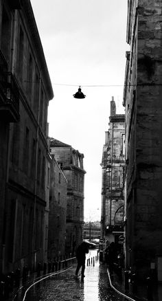 Bordeaux : By Harbily