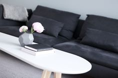 Living room table // Monique Lund // interior // scandi // minimalistic