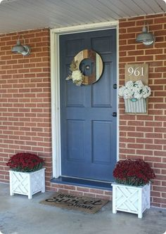 Inexpensive curb appeal for our ugly brick ranch - Lovely Etc. - Inexpensive ideas to add curb appeal to an ugly brick ranch or any dated home. Choosing a front door color for a brick house. Best Front Door Colors, Best Front Doors, House Front Door, Front Door Decor, Curb Appeal Porch, Exterior Door Colors, Exterior Doors, Entry Doors, Wood Doors