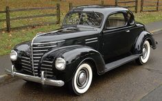 1939 Plymouth Road King coupe Retro Cars, Vintage Cars, Antique Cars, Plymouth Cars, Dodge Vehicles, Cool Old Cars, Hot Rides, Us Cars, Trucks