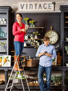 Tag along with HGTV Magazine as they spend a day with the busiest twosome in Waco, TX — the hosts of Fixer Upper.