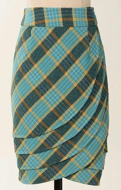 The tartan of Clan MacFabulous. Or MacTacky, depending on if this style and pattern could actually work for you. Tartan, Rosa Rock, Plaid Skirts, African Dress, Dressmaking, African Fashion, Style Me, Fashion Dresses, Fashion Styles