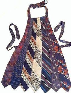 Apron made from old neck ties > I need to do this with all of my dad's old ties.he loved to cook Old Neck Ties, Old Ties, Fabric Crafts, Sewing Crafts, Sewing Projects, Artisanats Denim, Necktie Quilt, Necktie Purse, Genius Ideas